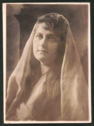 Grete Lundt in Das Spiel mit dem Teufel 1920