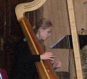 Emma Huijsser, arpa barocca e flauto dolce